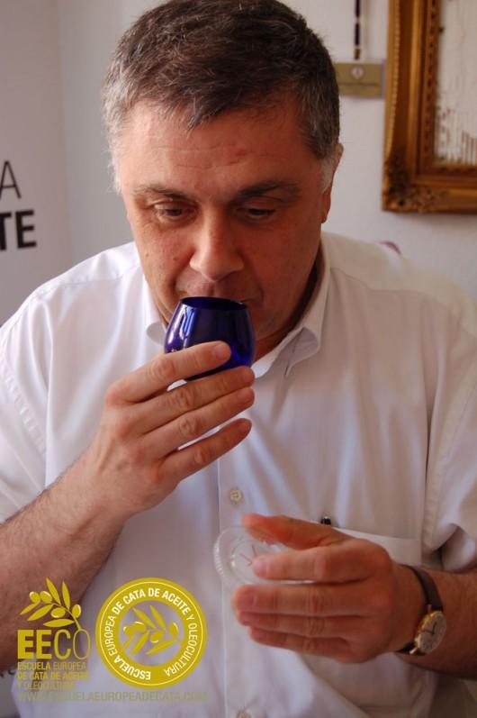 Curso Avanzado de Análisis Sensorial y Cata del Aceite de Oliva Virgen Extra. Taller de los Sentidos. Nivel 2. Junio 2015 en la EECO http://www.escuelaeuropeadecata.com